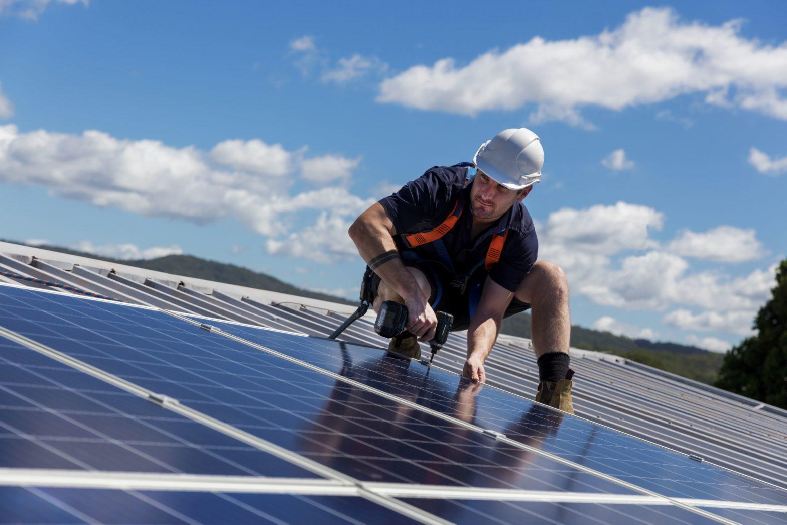 PV-Anlagen 100 Jahre - 100 Dächer